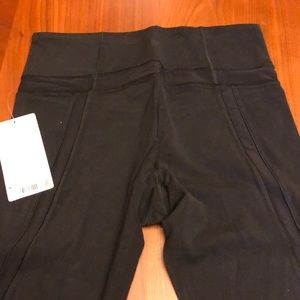 Athleta Elevation 7/8 tight. BRAND NEW with tag.